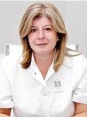 Dr Cristina Bouza - Doctor at Instimed - Madrid