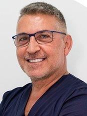 Dr Antonio González-Nicolás - Surgeon at LeClinic's - Toledo