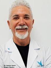 Dr Miguel Hoyos Usta - Surgeon at LeClinic's - Toledo
