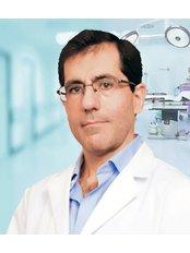 Dr Alejandro Nogueira - Principal Surgeon at Low Costmetic