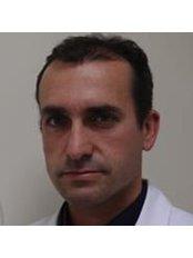 Dr Pedro Aranda Granados -  at Clínica Benzaquén - Málaga
