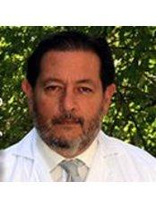 Dr Juan Esteban Basualdo Orme - Doctor at Miramar Medical Institute - Málaga
