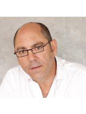 Mallorca Medical Group - Dr. García Ceballos. Plastic, Aesthetic & Reconstructive surgeon