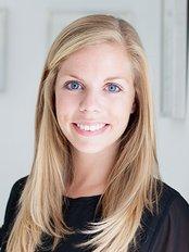 Petra Kemps - Administrator at Cirumed Clinic Marbella