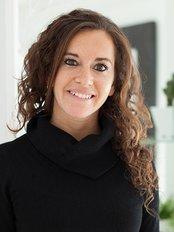 Carolina Lerussi - Administration Manager at Cirumed Clinic Marbella