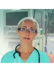 Dr Mar Salmones - Consultant at Marbellia Clinic