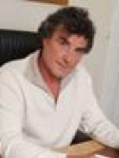 Dr Jean-Luc Bachelier - Doctor at DI DreamImage - Pamplona