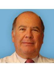 Dr Diego Gomez Angel - Doctor at Arenal Medical Center - Marqués de Nervión
