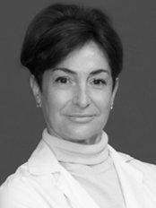 Ms Esther Guinjoan Ódena -  at SRClinica Plastika