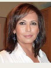 Clinic of Plastic Surgery Dr. Claudia Parra - C/ San Vicente Mártir, 72 pta.2, Valencia, 46002,