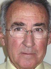 Dr. Antonio Puig Rosado - C / Cirillo Amorós, 69, Valencia, 46005,  0