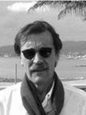 Dr Gabriel Sesma Ustáriz - Principal Surgeon at Dr. Sesma Instituto - Zaragoza