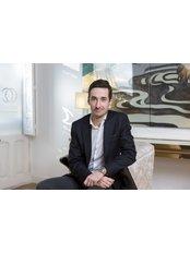 Prof Richard Fakin - Consultant at Ocean Clinic - Zurich