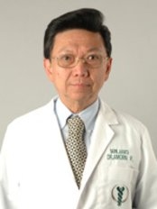 Dr Amorn Poomee - Surgeon at Global Health Travel