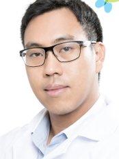 Dr Paul K Supachai Ingawanij - Doctor at Masterpiece Hospital