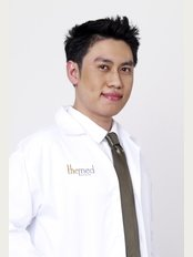The Med Clinic Silom Plastic Surgery Clinic In Bangkok