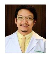 Thana Plastic Surgery Clinic - 62/8-9 ม.เซ็นทรัลปาร์ค ถ, Nakhon Si Thammarat,