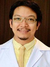 Thana Plastic Surgery Clinic - 62/8-9 ม.เซ็นทรัลปาร์ค ถ, Nakhon Si Thammarat,  0