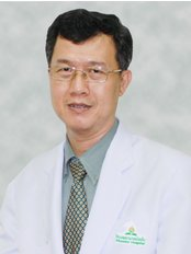 Dr Boonsert  Techasupatanakul - Doctor at Mission Hospital