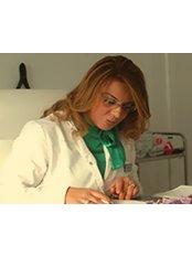 Dr Wahiba Chiboub - Aesthetic Medicine Physician at Esthetik En Tunisie