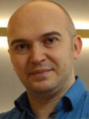 Dr Diren Celik -  at Estetik Akademi