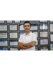 Dr Berat Cigdem - Surgeon at World Wide International Aesthetic