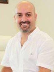 Dr Jennifer Özerdem -  at Estetik Ameliyat ve Saç Ekimi Fiyatları