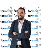 Dr. Atilla Fesli Plastic Surgeon - Chirurg - Talya Medical Center