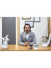 Dr. Hakan Olmezturk Plastic Surgeon - Chirurg - Talya Medical Center