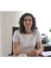 Prof. Arzu AKCAL - Chirurgin - Talya Medical Center