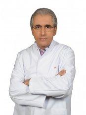 Dr. Mehmet Ceber - Chirurg - Clinic Center Kusadasi