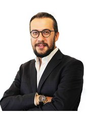 Dr Serbülent  Güzey - Surgeon at Beauty and FUE