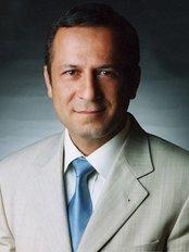 Dr. Bülent Kemal ÇETİNBAHADIR - Augenarzt - Dora Hospital
