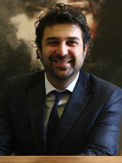 Dr. Öreroglu - Surgeon at Dr. Ali Rıza Öreroğlu Aesthetic Clinic