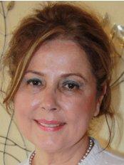 Dr. A. Seyda Ozkan - Ärztin - Jineplast