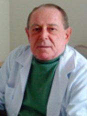 Dr. Tuncer Özalp - Buyukdere Cad. Cinar Ap., No: 95/2  Mecidiyekoy, Istanbul,  0