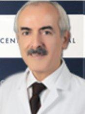 Dr. Orhan  Çaskurlu - Arzt - Central Hospital Istanbul