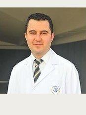 Dr.Hakan Ozdemir - Atatrürk Mahallesi Alemdağ Street No: 39 (4-5-6-terrace), Ümrani̇ye, Istanbul,