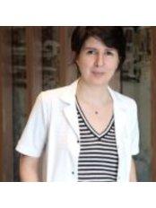 Dr Ani Cinpolat - Surgeon at Mariposa Cosmetic Surgery