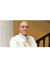 Prof Yunus Söylet - Doctor at Treat in Turkey