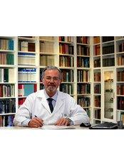 Prof Sükrü Aktan - Doctor at Treat in Turkey