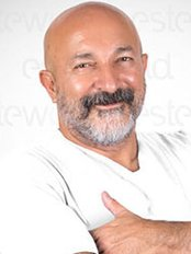 Prof Murat Topalan - Doctor at Esteworld - Complex