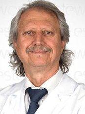 Dr Alaaddin Karabacak - Doctor at Esteworld - Hastanesi