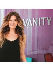 Frau Merve  Cevik - Internationale Patientenkoordinatorin - Vanity Plastische Chirurgie Klinik