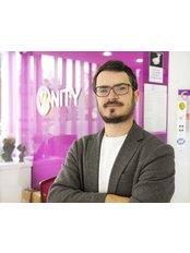 Dr. Ali Çetinkaya - Chirurg - Vanity Plastische Chirurgie Klinik
