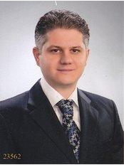 Доктор Ilker Eren - Врач хирург в KOC Healthcare