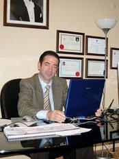 Prof Ahmet Ahmet -  at Revitalize In Turkey