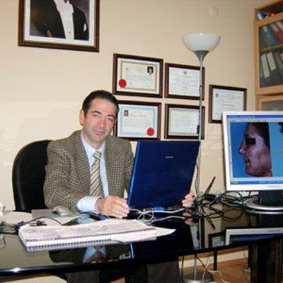 Prof Ahmet Ahmet