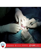 Augenlidstraffung - ClinicHair