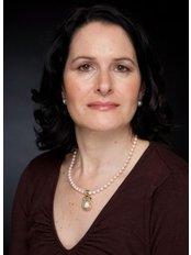 Dr Lisa Sacks - Surgeon at Lisa Sacks